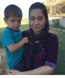 Waisenhaus-Mutter mit Kind